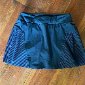 Nike tennis skirt black with pleating size small